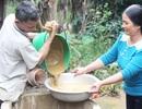 Lũ rút hơn một tháng, hơn 10 nghìn hộ dân vẫn thiếu nước sạch