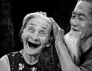 """Video """"Có còn yêu nhau khi đã già?"""" khiến người xem bật khóc"""