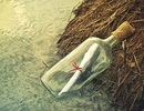 Câu chuyện về bức thư trong chai có thể làm thay đổi cuộc sống...