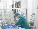 Hồi sức lưu động cứu bé gái 3 tháng tuổi bị sốc thuốc tại Ninh Bình