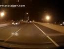 Truy tìm chiếc ô tô chạy ngược chiều trên đường cao tốc