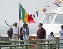 Obama đưa cả nhà thăm bảo tàng nô lệ ở châu Phi