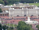 Anh bắt kẻ cầm dao định xông vào cung điện Buckingham
