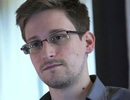 """Snowden """"gạ gẫm"""" đồng nghiệp đưa mật khẩu để xem tài liệu mật"""