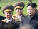 """Điều gì đã xảy ra với """"cánh tay phải"""" của ông Kim Jong-un?"""