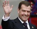 Thủ tướng Nga thăm Crimea đúng ngày Ukraine bầu cử