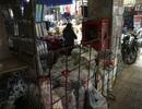 Hàng hóa vùi lấp họng cứu hỏa ở chợ Đồng Xuân