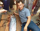 Bắt được con cá hố rồng còn sống dài 3,6m