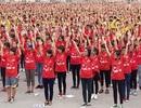Sáng nay, 12.000 bạn trẻ xếp hình khối bản đồ Việt Nam