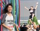 5.000 sinh viên Hà Nội dốc sức đua vượt chướng ngại vật