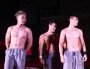 """7 chàng trai """"6 múi"""" khiến nữ sinh Ngoại thương không ngừng hò hét"""