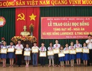 Bình Định: Trao 185 suất học bổng đến học sinh, giáo viên nghèo