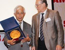 Viện Nghiên cứu nguyên tử Nga vinh danh Giáo sư Trần Thanh Vân