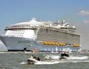 Du thuyền lớn nhất thế giới lần đầu ra biển