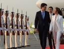 Thủ tướng Canada kỷ niệm ngày cưới lãng mạn ở Nhật Bản dù bận bịu