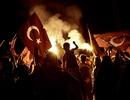 Báo động đảo chính, 7.000 cảnh sát Thổ Nhĩ Kỳ bao vây căn cứ NATO