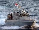 Hải quân Anh bắn pháo sáng cảnh cáo tàu Tây Ban Nha