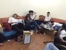 Tạm giữ hình sự 4 người trong nhóm lắc tại quán karaoke bị đột kích lúc rạng sáng