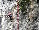 """Quảng Bình: Hoàn thành tuyến đường leo núi """"bán nhân tạo"""" ở cửa hang Tối"""