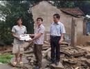 Quỹ Nhân ái hỗ trợ nóng 20 triệu đồng đến hai gia đình bị sập nhà trong mưa lũ