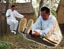 Võ sư Trung Quốc vẫn thở và tập luyện khi treo cổ
