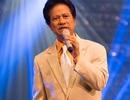 Khán giả vỡ òa khi Chế Linh tái xuất trên sân khấu Hà Nội