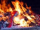 Việc xử phạt những vi phạm trong lễ hội khó như…lên trời?