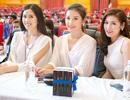 Hoa hậu, Á hậu Việt tặng sách cho sinh viên