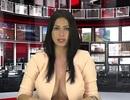 Ăn vận gây sốc, người đẹp được tuyển thẳng vào đài truyền hình