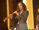 Huyền thoại saxophone Kenny G và nhóm Battery Dance biểu diễn tại Hà Nội sáng 13/10