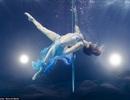 Vẻ đẹp gợi cảm huyền bí của những vũ công khi ở dưới nước