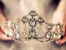 Tại sao các cuộc thi Hoa hậu càng ngày càng lắm scandal?