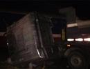 Tàu hỏa tông gãy đầu xe tải, 1 người tử vong