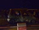 Hà Nội: Ô tô cháy trơ khung trên cầu Thanh Trì