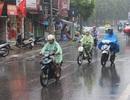 Hà Nội mưa rét, miền Nam vẫn 34 độ C