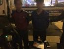"""Hà Nội: Tóm gọn 2 nghi can cướp điện thoại cùng bộ """"đồ nghề"""" trộm xe máy"""