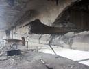 """Cận cảnh """"vết thương"""" cây cầu bị tàu 3.000 tấn đâm"""