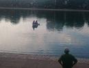 Hà Nội: Huy động người nhái tìm kiếm người đàn ông nhảy xuống hồ