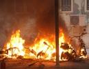 4 xe máy bất ngờ bốc cháy dữ dội tại Đại học Quốc gia Hà Nội