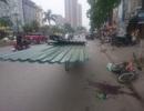 Hà Nội: Thêm một nạn nhân tử vong do xe chở tấm tôn