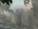 Vụ nổ bốt điện làm 5 người bỏng: Do máy biến áp tràn dầu?