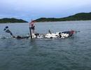 Lốc nhấn chìm thuyền giữa biển, 4 ngư dân được cứu sống