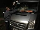 Truy bắt nhóm thanh niên ném đá xe khách trong đêm