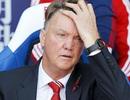 """Van Gaal có """"chiều lòng"""" CĐV MU, thay đổi lối chơi?"""