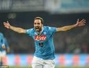 Higuain rực sáng, Napoli hạ Inter để lên dẫn đầu Serie A
