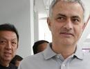 Mourinho được liên hệ về Valencia thay thế Gary Neville