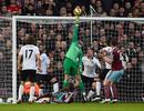 5 pha cứu thua hay nhất Premier League 2015/16: Gọi tên De Gea, Cech