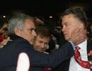 Mourinho gọi điện báo tin sa thải cho Van Gaal