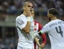 Hai pha ôm mặt ăn vạ cực kỳ hài hước của Pepe