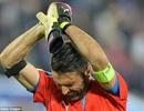 Buffon hai lần đổ lệ sau thất bại của Italia